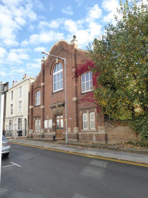 Ramsgate, Hardres Street, WM hall and schools, facade, 13.10.2018