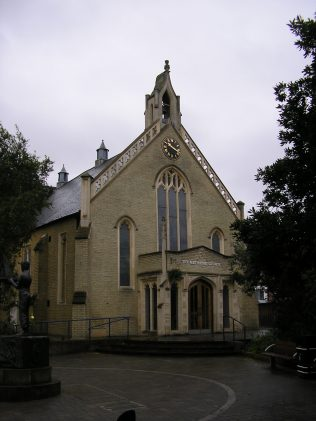 Maidenhead Methodist Chapel, front elevation, 7.10.2015