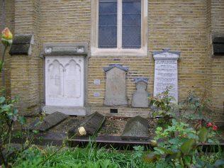 Maidenhead Methodist Chapel, memorials, 7.10.2015