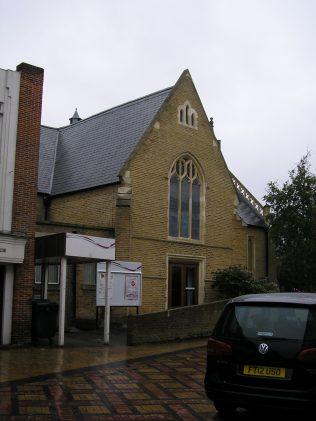 Maidenhead Methodist Chapel, side view, 7.10.2015