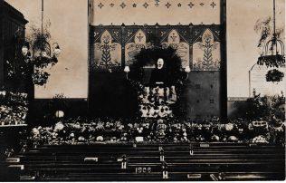 Barking Wesleyan Chapel Harvest Festival 1908 with Revd Sadler Reece