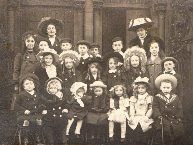 A Sunday School class of c1910 | Image from the collections of the Newcastle upon Tyne District Archives