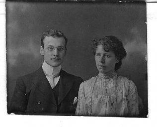 Arthur & Hannah Richardson