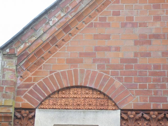 Great Glen WM Chapel, schoolroom decorative brickwork (ii), 4.5.2018 | G W Oxley