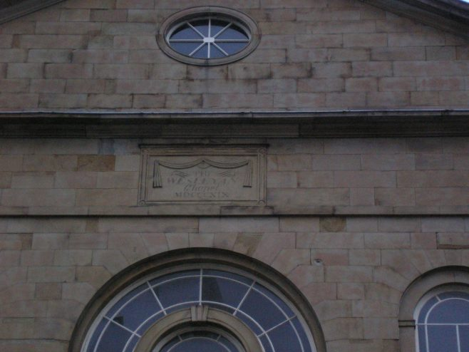 Huddersfield, Queen Street  WM Chapel, plaque, 26  Feb. 2017 | G W Oxley