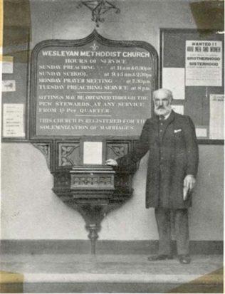 CHAPELKEEPER OUTSIDE EAST STREET CHAPEL, 1908 | Southampton Methodist Circuit Records, Southampton City Archives
