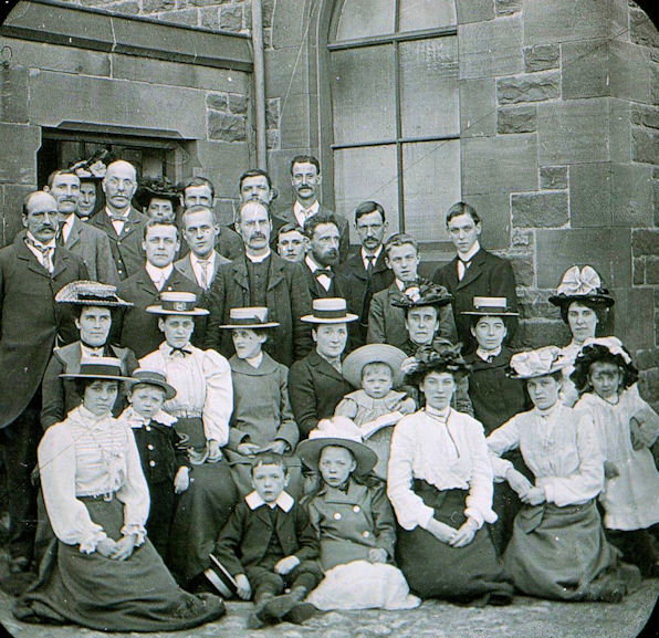 Team Colliery Wesleyan Choir 1901, Gateshead | Bede Circuit Archive Collections