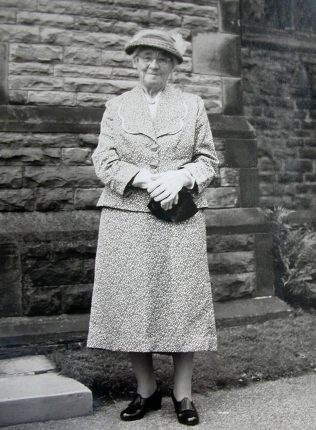Ruth Webb (Auntie Rouie) outside Alderley Methodist Chapel, 1960